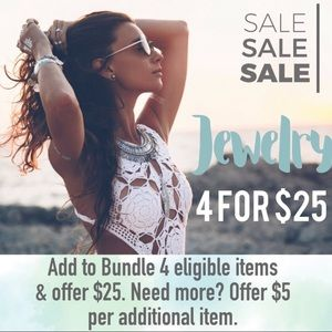 Jewelry - 4 for $25 Dainty heart short necklace